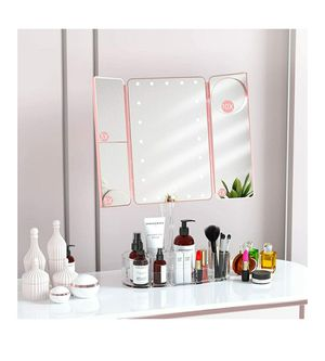 Magnifying Light Up Make Up Mirror for Sale in Oak Lawn, IL