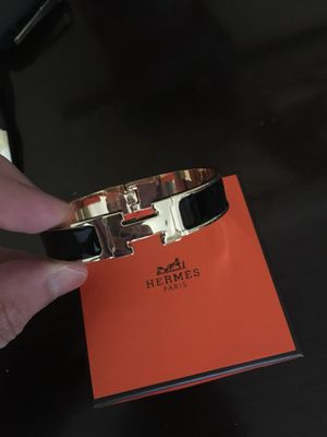 Unisex Hermes Emerald Bracelet ! New condition ! No trades for Sale in Aspen Hill, MD
