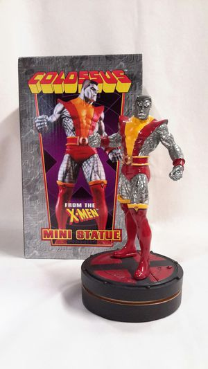 🔥MARVEL MINI STATUE: COLOSSUS SCULPTED BY RANDY BOWEN ( 2003, BOWEN) LIMITED COMIC STATUE for Sale in Kent, WA