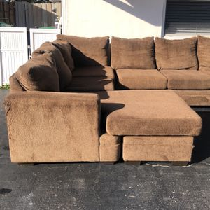 Free Sectional 1st come 1st serve for Sale in Fort Lauderdale, FL