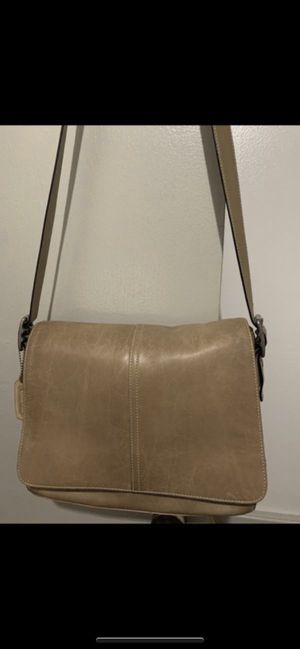 Coach Hampton bag for Sale in Middletown, OH