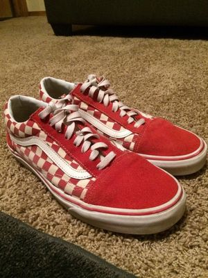 Red checkered print vans low-top for Sale in Rose Hill, KS