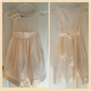 EUC GIRLS IVORY TULLE SPECIAL OCCASION/EASTER DRESS (SZ: 12/10/8) for Sale in Alexandria, VA