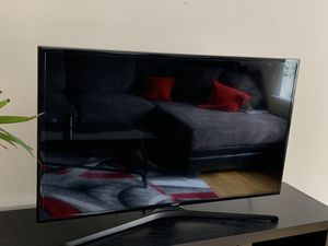 43 inch Samsung Smart TV for Sale in New Rochelle, NY