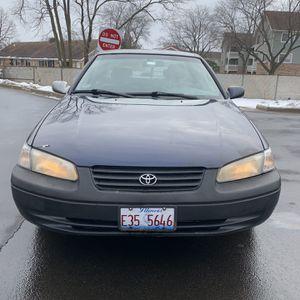 1999 Toyota Camry LE 3.0L V6 for Sale in Villa Park, IL