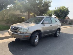 2002 Lexus RX300 clean title $1500 firm for Sale in Fresno, CA