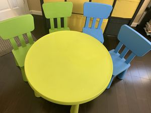 IKEA kids table and chairs for Sale in Chula Vista, CA