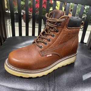 Bota de trabajo for Sale in Los Angeles, CA