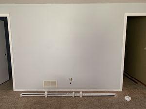 Projector screen for Sale in Wichita, KS