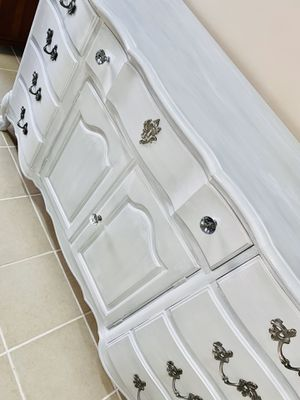 French provincial chest for Sale in Peabody, MA
