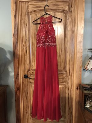 Beautiful prom dress. Size 6. Brand Hay Queen Couture CASH ONLY for Sale in Denham Springs, LA