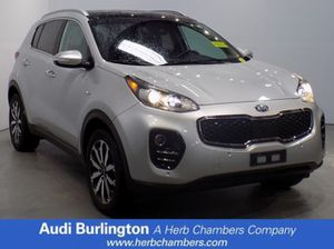 2017 kia sportage, EX suv- cereza negro, motor 2.4 I-4cyl 6 velocidades automatico for Sale in Burlington, MA