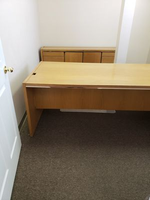 Office desk and matching file cabinet set for Sale in Albuquerque, NM