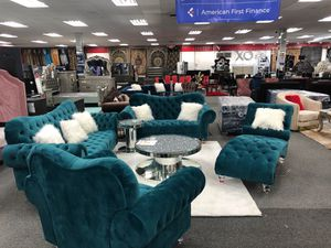Sofa and love seat for Sale in Warren, MI