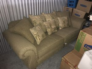Queen sleeper sofa for Sale in Palm Harbor, FL