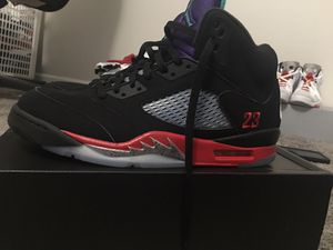 Air Jordan retro 5 (size 13 for Sale in Greenville, SC
