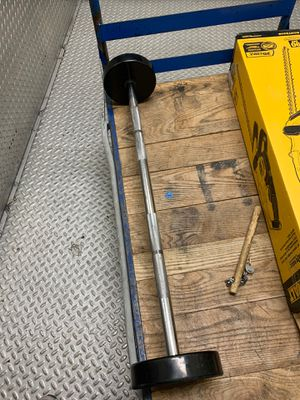 50 pound straight curl bar for Sale in Chicago, IL