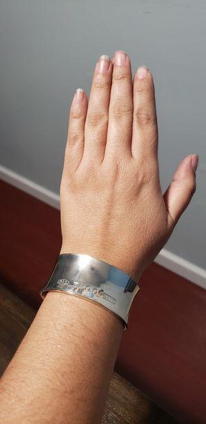 Bracelet Tiffany original for Sale in Glastonbury, CT
