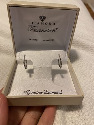 Diamond small hoop earrings for Sale in Chicago, IL