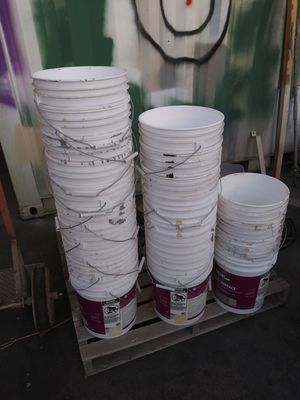 BUCKETS FIVE GALLONS for Sale in San Marcos, CA