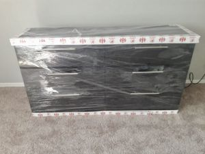 NEW SIX DRAWER DRESSER AVAILABLE FOR DELIVERY for Sale in Lake Worth, FL