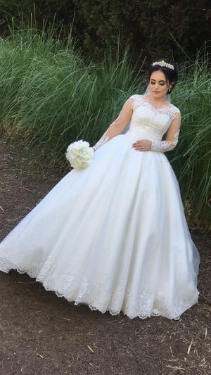 Wedding Dress for Sale in Jacksonville, FL