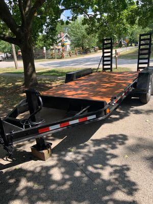Car hauler 14 ft Flatbed - Trailer - clean title for Sale in Mundelein, IL