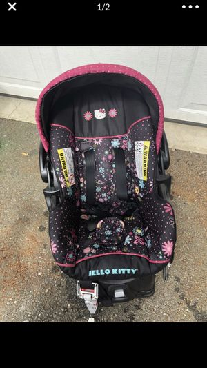 Hello Kitty Car Seat and Base for Sale in Bonney Lake, WA