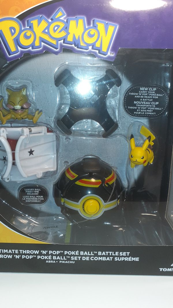 Ultimate throw n pop poke ball battle set thrown n pop Pikachu Pokemon