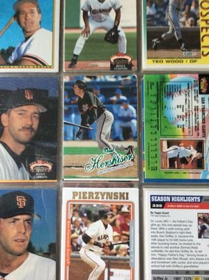 Baseball Card Lot 300+ cards in Mint Condition for Sale in Maryland Heights, MO