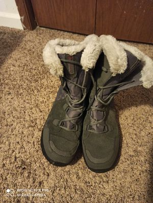 Columbia Snow Boots for Sale in Anchorage, AK