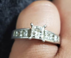1.5 carat engagement ring for Sale in Los Angeles, CA
