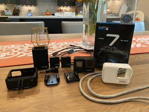 GoPro Hero 7 Black w/ Extras! for Sale in Woodway, WA
