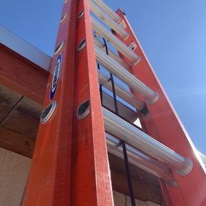 Ladders 24ft for Sale in Tolleson, AZ