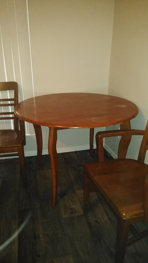 Round Dining Table Set with TWO chairs. for Sale in Glendale, AZ