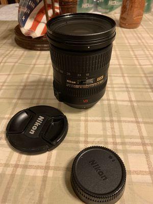 Nikon AF-S DX NIKKOR 18-200mm for Sale in Buena Park, CA