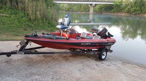1996 16 foot Challenger bass boat 75 horsepower Suzuki for Sale in Cornersville, TN