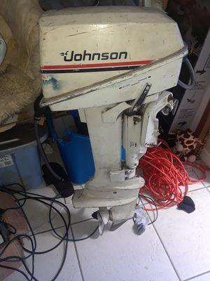 Johnson 7.5hp motor for Sale in Kissimmee, FL