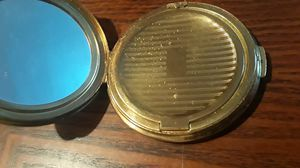 Gorgeous vintage compact mirror powder case. for Sale in Queens, NY