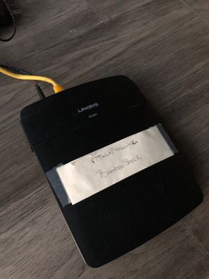 Linksys N300 - E1200 Wireless Router for Sale in Houston, TX