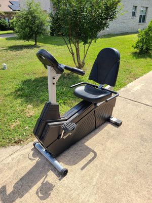 FREE Triumph Seated Recumbent Exercise Bike for Sale in Hutto, TX