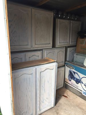 10 Kitchen cabinets to sell. for Sale in Los Angeles, CA
