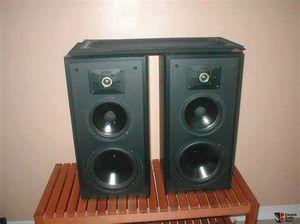 Polk audio vintage monitor 5 set of shelf speakers for Sale in Yelm, WA