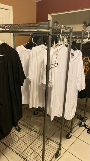 2 cloths racks for Sale in North Miami, FL
