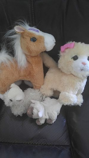 4 Furreal friends like new! for Sale in Temecula, CA