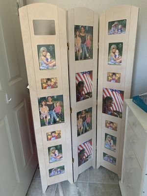 Folding photo screen for Sale in San Ramon, CA