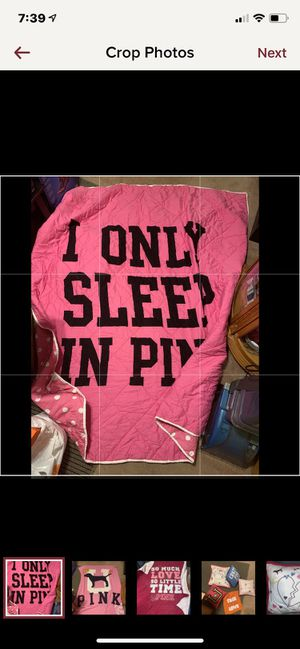 VS PINK RARE HTF vintage queen comforter for Sale in Bristol, TN
