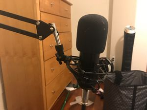 Neewer 700 professional microphone for Sale in Payson, AZ