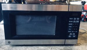 Microwave - stainless steel for Sale in Galt, CA