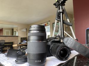 Cannon DSLR Camera Bundle for Sale in Seattle, WA